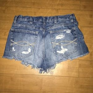 Abercrombie & Fitch Shorts - High waisted shorts